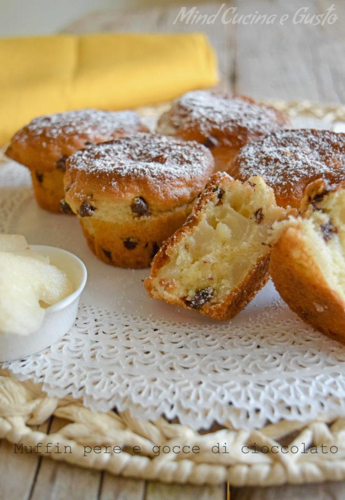 Muffin pere e gocce di cioccolato senza burro