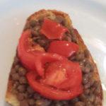 Crostoni con lenticchia