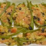 Peperoni verdi lunghi ripieni
