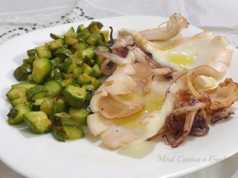 calamari grigliati con zucchine
