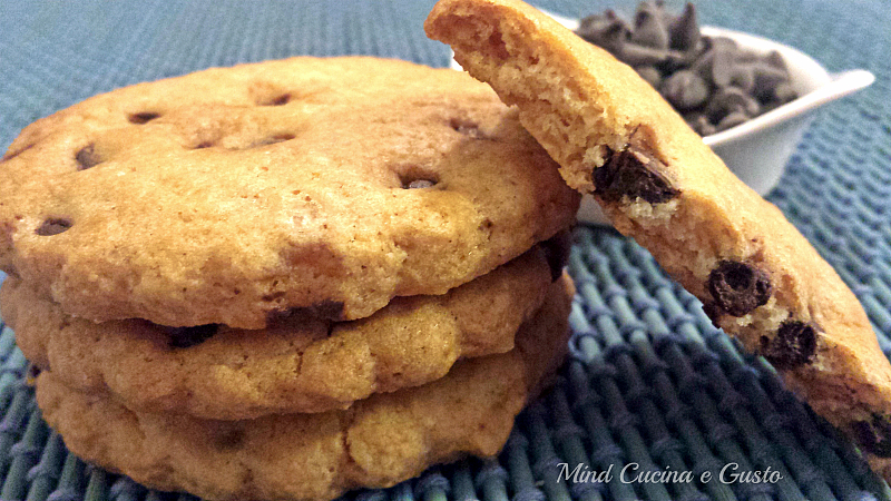 Cookies leggeri con gocce di cioccolato