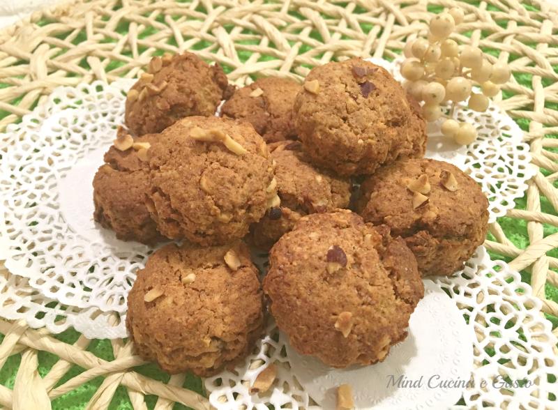 Biscotti integrali alle nocciole