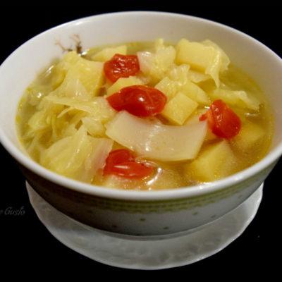 Zuppa di verza e patate confort