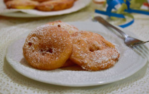 Frittelle di mele golose ricetta della nonna