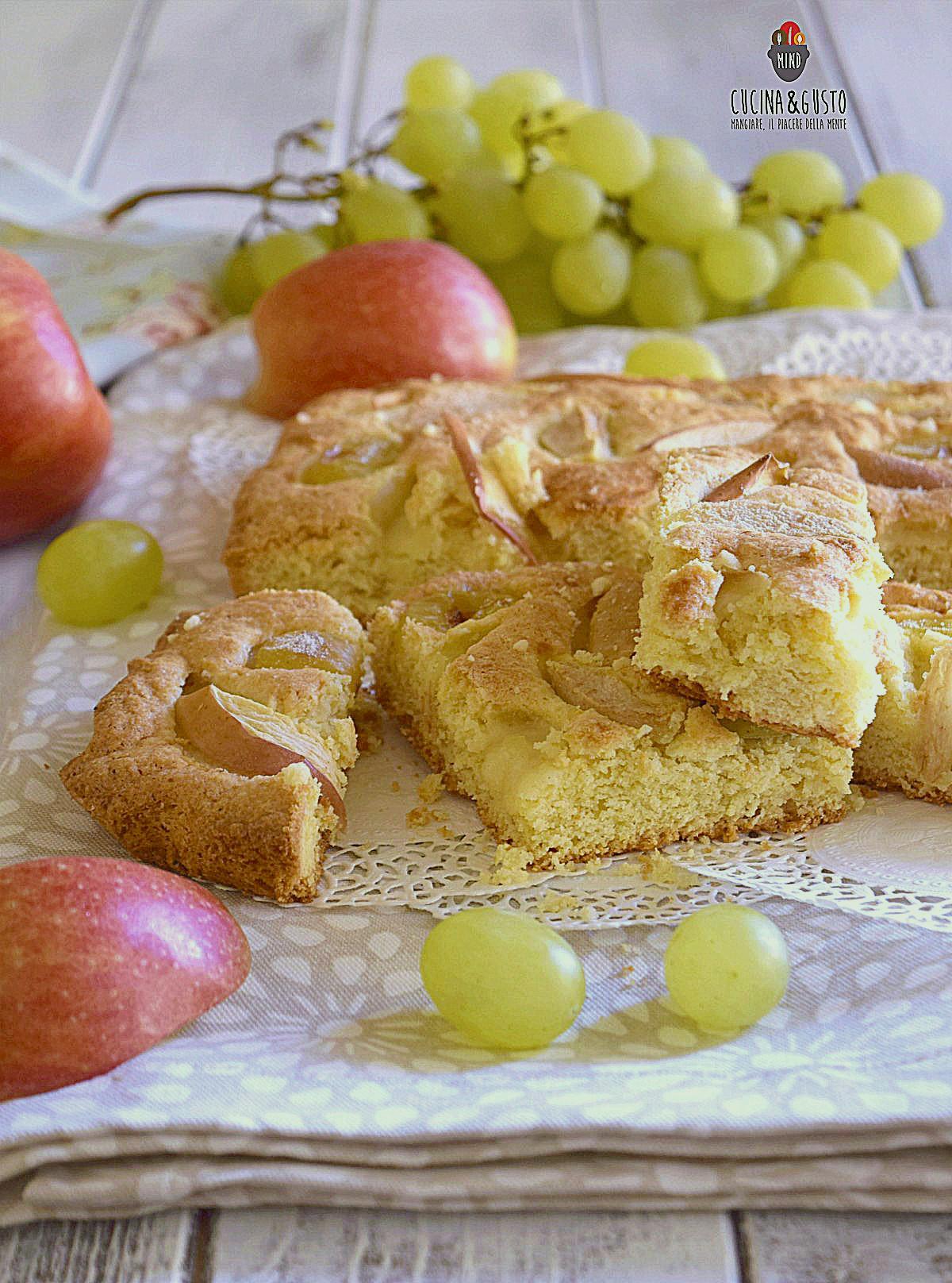 Torta con uva e mele - ricetta facile di fine estate