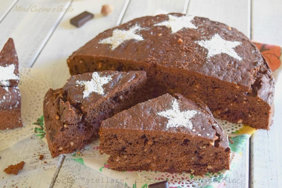 Torta stellare cioccolato e nocciole