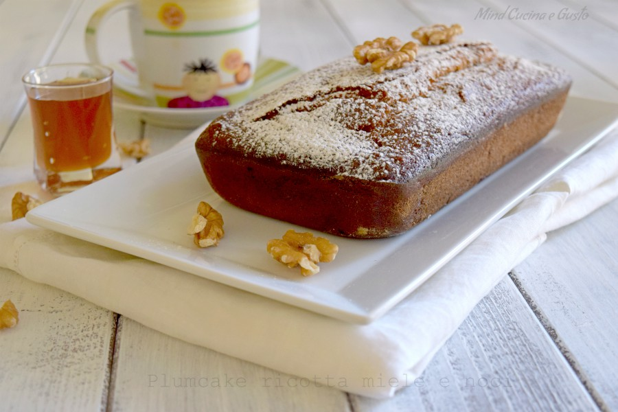 Plumcake ricotta miele e noci