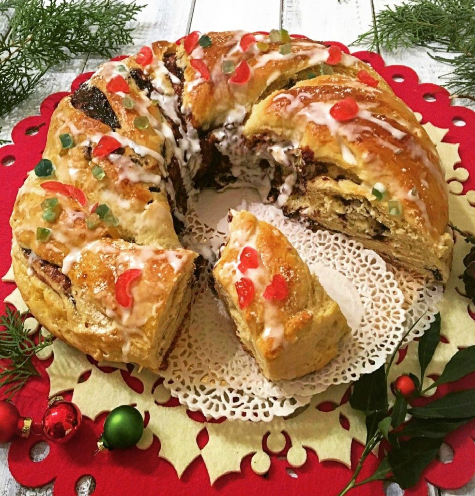 Ciambella di pan brioche delle feste vert
