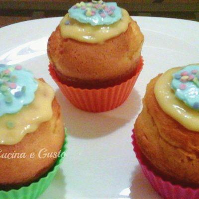 Cupcake allegri e festosi