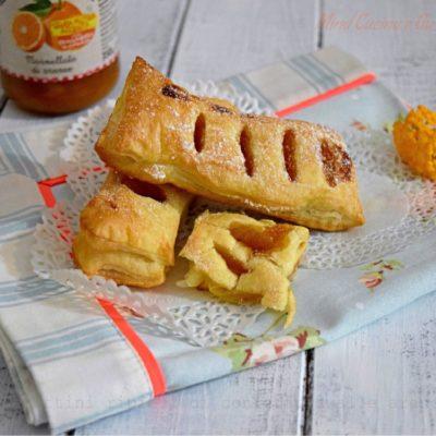 Fagottini ripieni di confettura alle arance