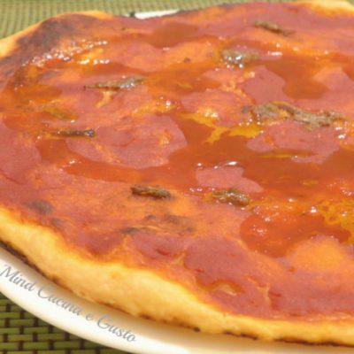 Pizza sottile marinara