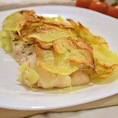 Filetti di merluzzo con patate croccanti in sfoglia