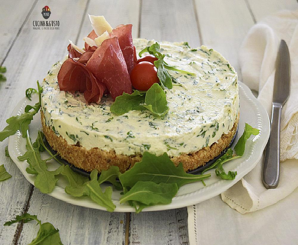 Cheesecake salata con bresaola e parmigiano