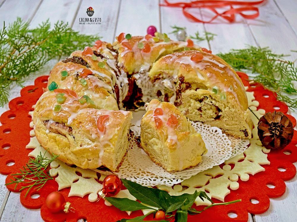 Corona dolce di pan brioche