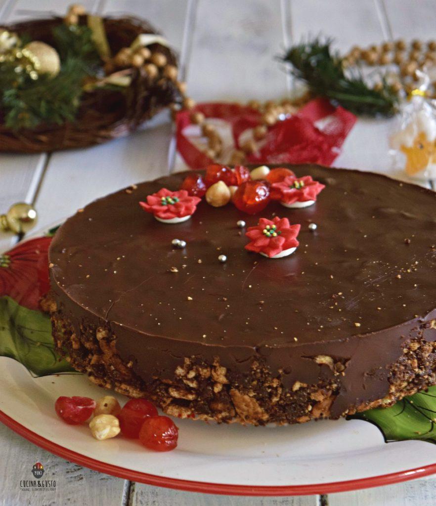 Torte Decorate Per Natale torta al salame di cioccolato con nocciole senza cottura e