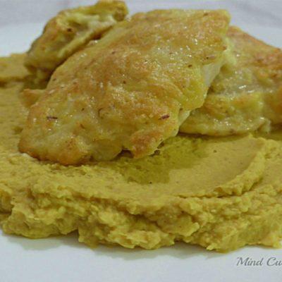 Baccalà in crosta con crema di ceci al curry