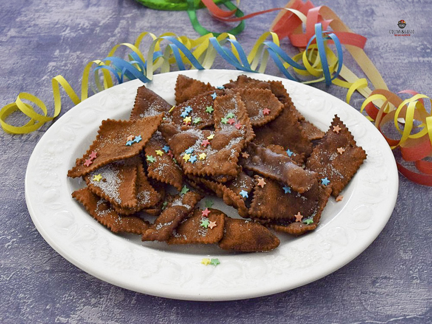Chiacchiere al cacao bollose per carnevale – ricetta facile