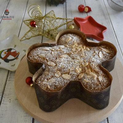 Torta a stella di Natale mandorlata – ricetta facile