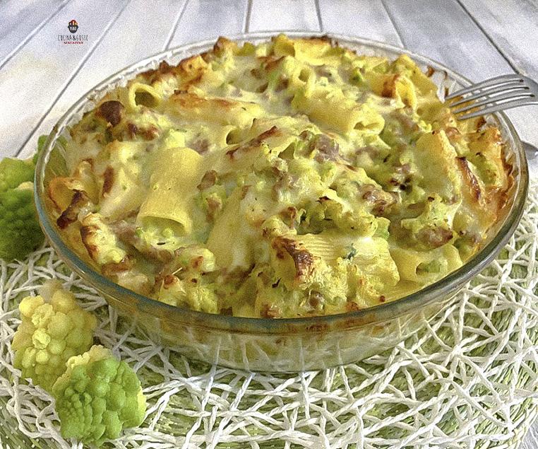 Pasticcio di Pasta al forno con broccoli e salsiccia – ricetta facile